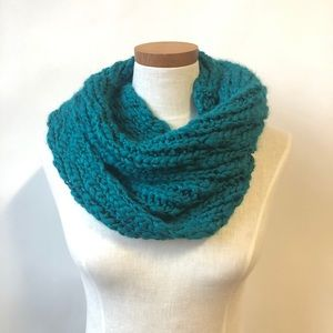 Saks Fifth Avenue Turquoise Infinity Knit Scarf